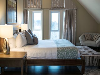 Canmore Summit Penthouse 3 Bedroom Grotto Plus Suite
