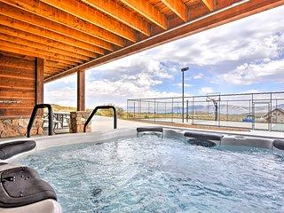 Cabin w/ Beach Access, Sport Court, Hot Tub & View