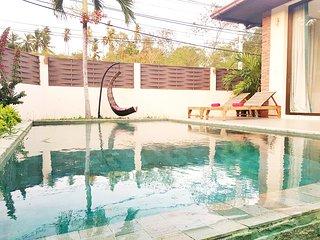 Villa 4 personnes avec piscine privee situee  a LAMAI a 2 minutes des plages