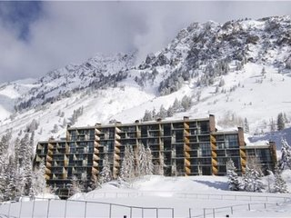 Iron Blosam Lodge, Snowbird Utah. Presidents Week Feb 16-23