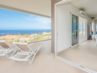 Coral Estate New Apartment with 180 degree Ocean View