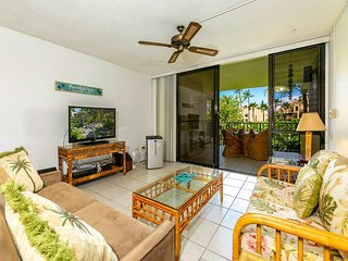 Kihei Ease Thrives! Lanai, Kitchen, AC, Laundry, WiFi+Flat Screen–Kamaole Sands
