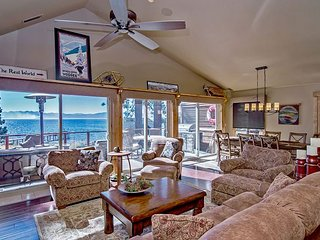 Well-Appointed 4BR Lakefront Kings Beach Condo w/ Pier & Panoramic Views