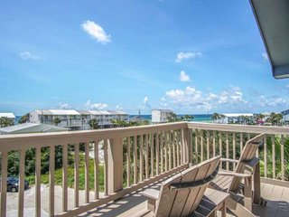 Blue Sails! Private Pool ,Gulf Views, 3 Kings, Steps to beach, Fun kids room, Up