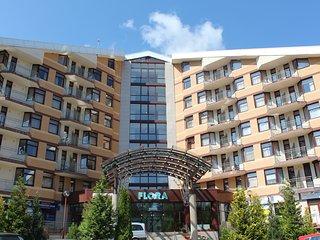 Flora ski apartment 323