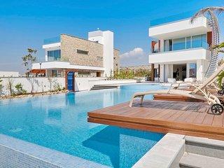 Ammos Seafront Villa #5