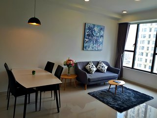 New River & City View Apartment!! Perfect Location in the Center!!!