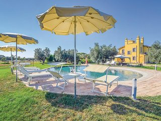 7 bedroom Villa in Case Riminino, Latium, Italy : ref 5674683