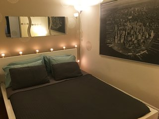 Best Apartment Midtown Manhattan (Sleeps 5)