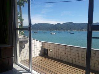 Costão VIP! linda casa 3 quartos perto da água em Florianópolis