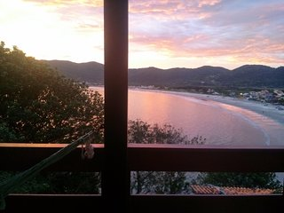 Gourgeus 2 bedrooms house with sea view in Florianópolis Brazil Casa do meio