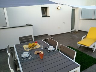Funchal Apartment with private terrace