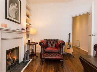 TMS Lovely Garden Flat in Fulham - 2 Bed