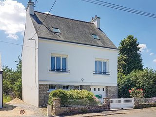 3 bedroom Villa in Pont-Aven, Brittany, France : ref 5674664
