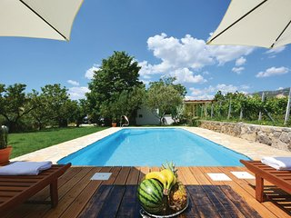 3 bedroom Villa in Kastel Luksic, Splitsko-Dalmatinska Zupanija, Croatia : ref 5