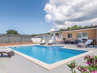 3 bedroom Villa in Škatari, Istria, Croatia : ref 5674465