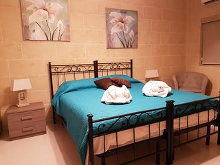 'IRIS SUITE' IN ZEBBUG GOZO