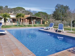 6 bedroom Villa in Riudarenes, Catalonia, Spain : ref 5674562