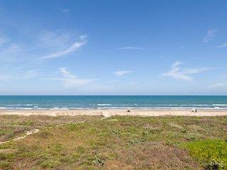 NEW LISTING! Oceanview condo w/shared pool & balcony-near beach