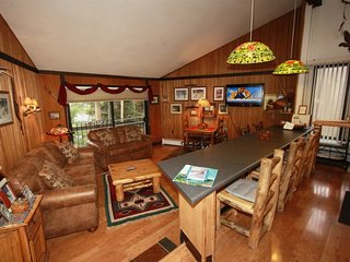 JAN RATES LOWERED:  Gold Camp Condo on the Mountain!
