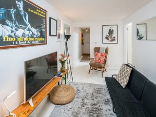 Chic 2 Bed with Patio 16 mins from Liverpool St