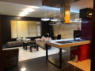 Квартира в центре города около нового Бульвара Новопостроенный элитный дом