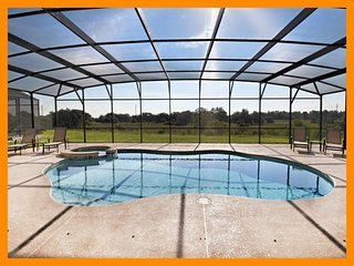 Watersong Resort 31 - Modern villa with private pool and game room, nr Disney