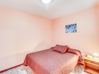 Habitacion single c/ conveniente ubicacion-Single room w/ convenient location