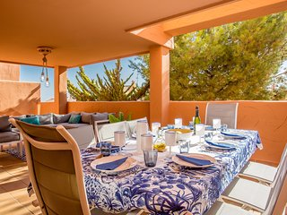 Luxury appartment 3 bdr 2 bth on the nice Golf Santa Maria club Elviria