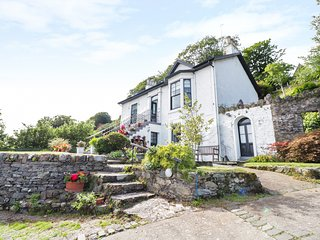 CLYDE COTTAGE, all ground floor, off road parking, decked garden, in Dunoon, Ref