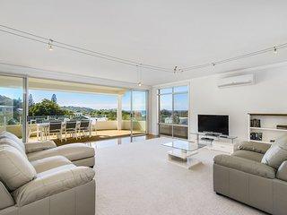 Watonga Beach House, 2/47 Watonga Street, Port Macquarie
