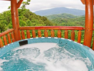 NEW LISTING! Mountaintop cabin w/ hot tub, game room, 2 decks & amazing view