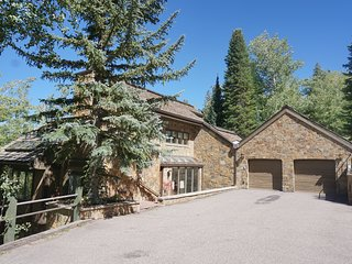 Large Snowmass Home with Mother in Law Unit - Ski-in/out access (202983)