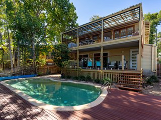 Noosa Beachhouse - close to Beach & Hastings St