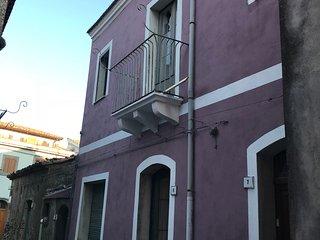 Casa Vacanze Etna Nord Wine House 4 Posti Letto