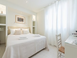 SMALL BUT PERFECT SUITE IN BEST LOCATION