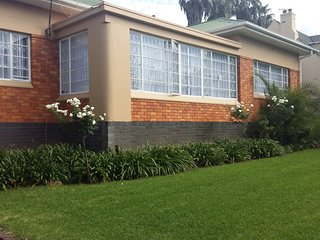 Spacious three bedroomed house that can accommodate upto 12 people.