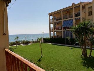 Fantastico apartamento en la playa 1a linea de mar