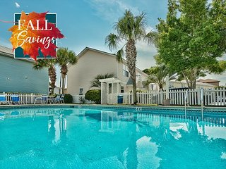 **FALL DISC** Cottage Near Beach &Outlet Mall, Community Pool +FREE VIP Perks