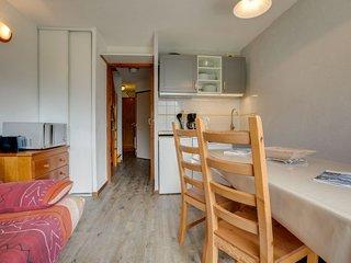 Levassaix Apartment Sleeps 6 with WiFi - 5051029