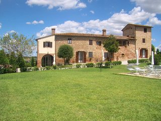 3 bedroom Apartment in Pozzo Fresco, Tuscany, Italy : ref 5674925