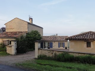 Maison La Martinié, with stunning views of Cordes-sur-Ciel