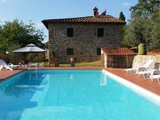 4 bedroom Villa in Pieve A Presciano, Tuscany, Italy : ref 5674923