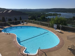 Beautiful Condo on Table Rock Lake