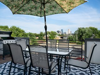 HUGE 4K SQFT Stunner! 2 Roof Tops, Backyard +Game Rm +3min 2 Downtown