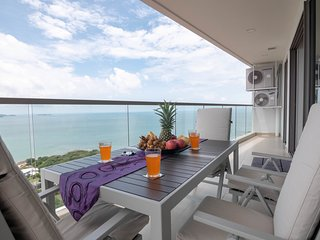 Dasiri Peak Towers 28th Fl. 2BR Pattaya