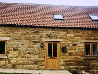 The Annex - new listing - lovely barn conversion in the beautiful Burniston