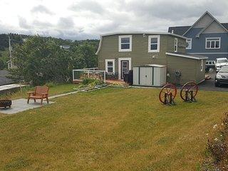 Historic Seaside Cottage (10 mins from St. John's)