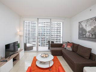 Cozy apartment in Miami with Lift, Internet, Washing machine, Air conditioning