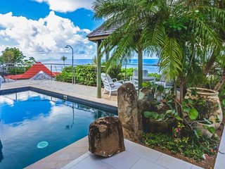 Villa Grain De Folie  # Ocean View * Located in  Beautiful Colombier with Privat